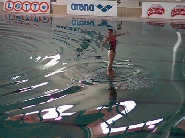Nuoto sincronizzato, esordio positivo per le rarine