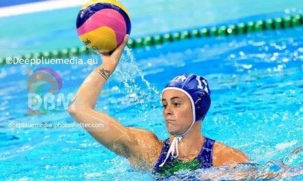 La nazionale Aleksandra Cotti alla Rari Nantes Florentia